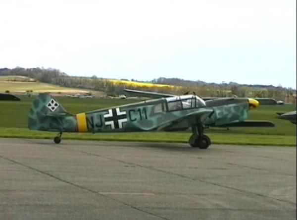 http://www.damir.co.uk/images/aviation/duxford-2001/messerschmitt-108.jpg